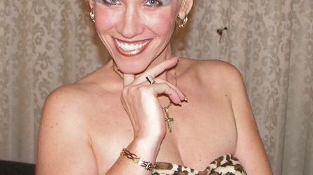 HAPPYGRANNY | www.showload.com | Showload image15