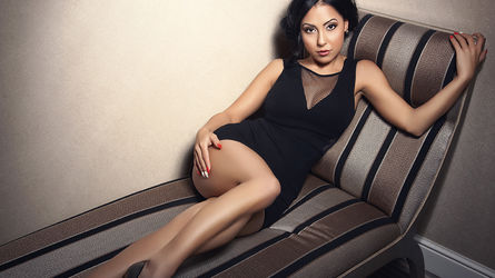 VictoriaEdison | www.showload.com | Showload image26