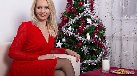 LeenaJacobs | www.bazoocam.us | Bazoocam image32